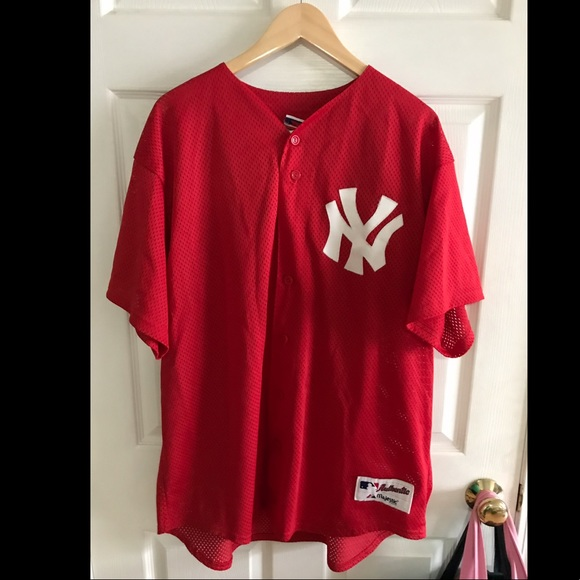 huge discount bdb54 f9e9d New York Yankees Jersey Majestic Red Size XL